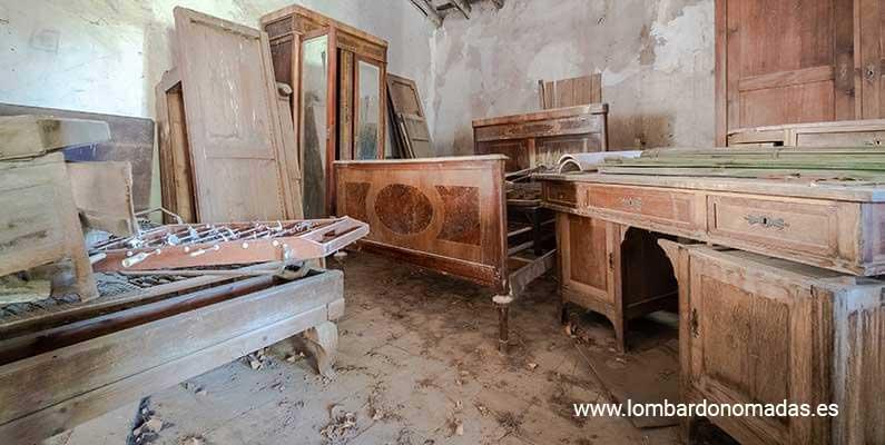 Cómo restaurar muebles antiguos